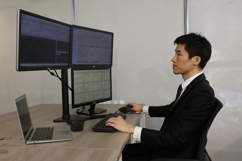 Práce tradera